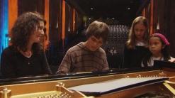 Katia Labèque mit Jens, Katharina und Tanja